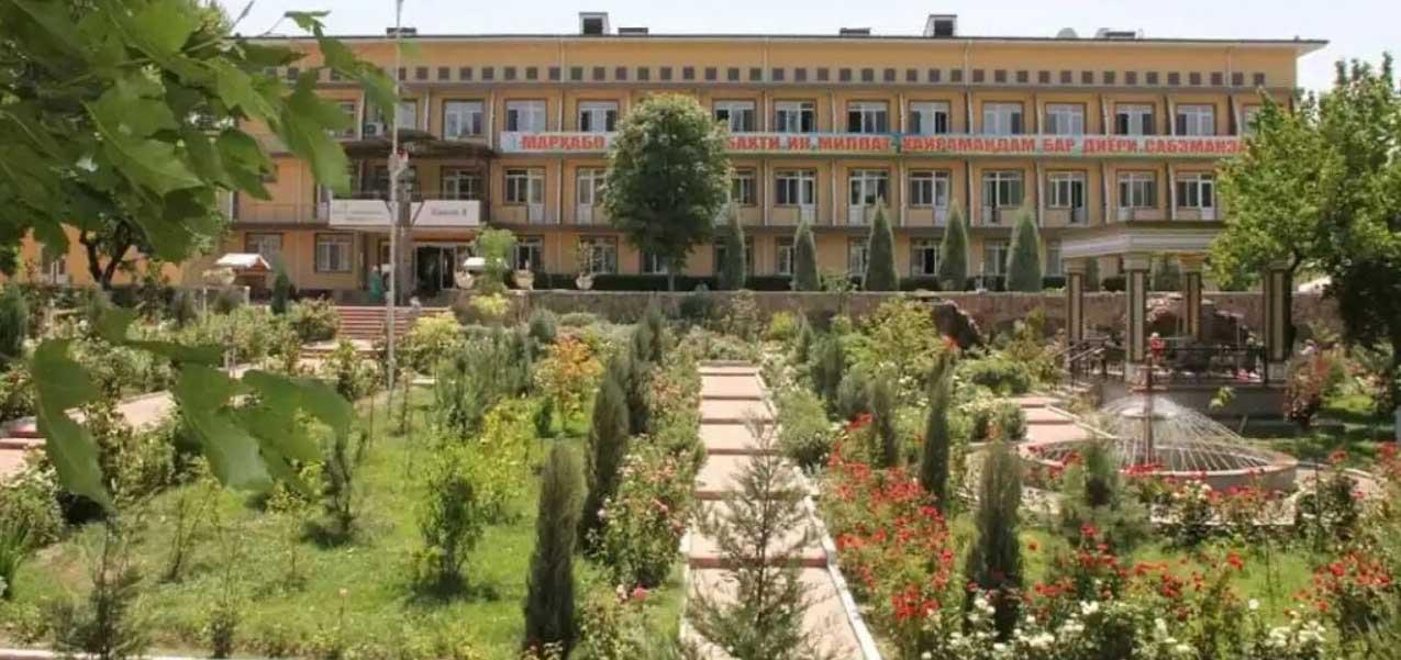 "Sanatorium ""Zumrad"" - a large health complex"